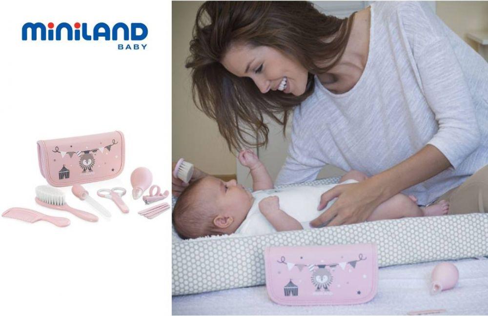Miniland Σετ περιποίησης ταξιδιού Baby Kit Pink